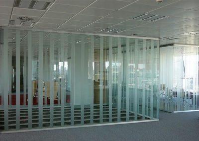 mobiliario-oficina-mamparas-divisorias